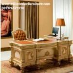 Meja Kantor Rumah Klasik Mewah