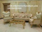 Set Kursi Sofa Mewah Emas Ukiran