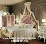 Tempat Tidur Mewah Ukiran Klasik